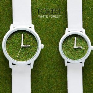 全国から注文が殺到している「森の腕時計」