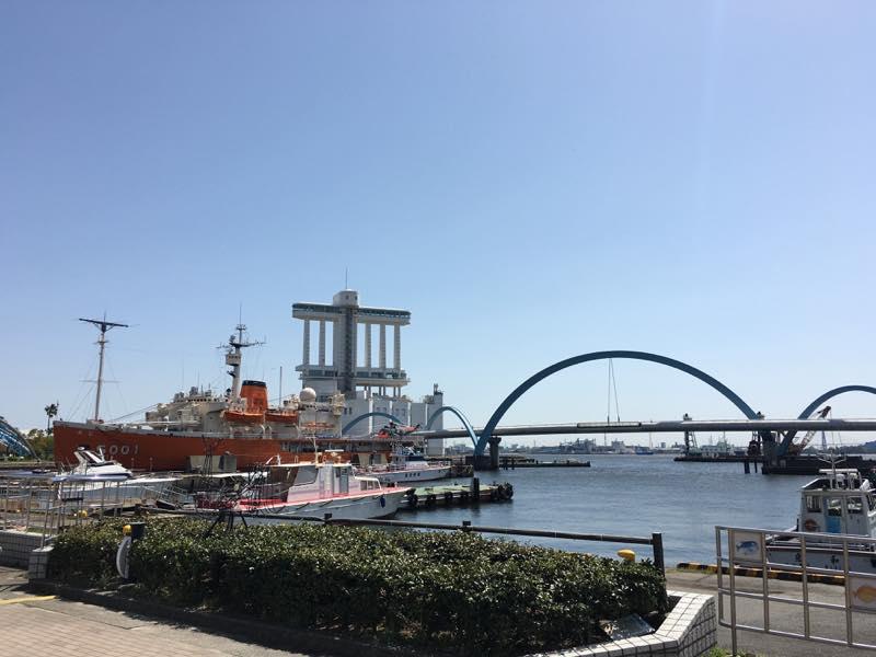 名古屋港水族館から撮った景色